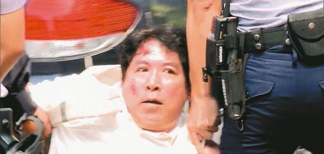 男子偷日本侵华军刀 砍伤蔡办卫兵遭收押