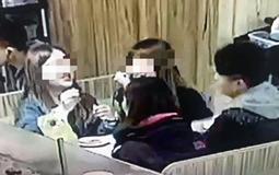 吐槽大会:为求点赞曝光女友私密照 大学生被索赔80万.jpg