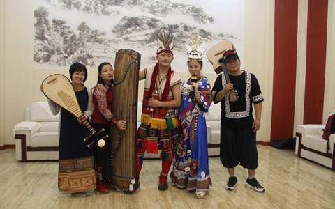 参与此次活动的两岸青年音乐家。(中国台湾网 陈文韬 摄)_副本.jpg