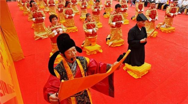6月13日,闽台两岸民间民俗文化交流活动——第八届海峡论坛·陈靖姑文化节,在陈靖……