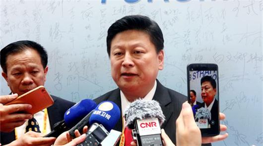6日上午,第十届海峡论坛大会在厦门市举行,台湾花莲县长傅崐萁出席论坛大会并在会……