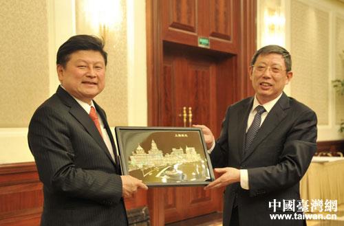 上海市長楊雄會見花蓮縣長傅崐萁