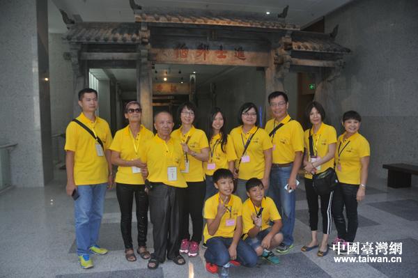 年屆90、原籍海南文昌的林猶龍老伯伯,此次帶了夫人、女兒、女婿、侄女及外孫等一家共15人參加活動