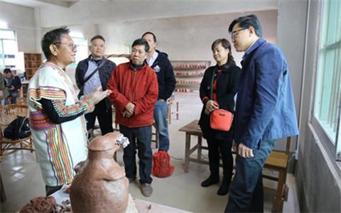 台湾参访团到广西钦州 开展陶艺文化交流