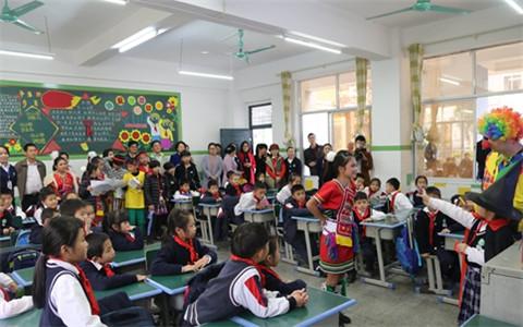 4五彩结情谊·两岸一家亲 台湾春日小学参访团到玉林交流