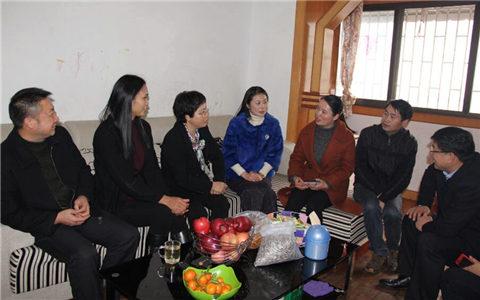 广西台办主任李东兴到桂林市象山区走访慰问困难台属