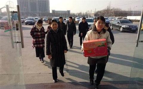 河南全省各地台办春节前走访慰问台商台胞台属
