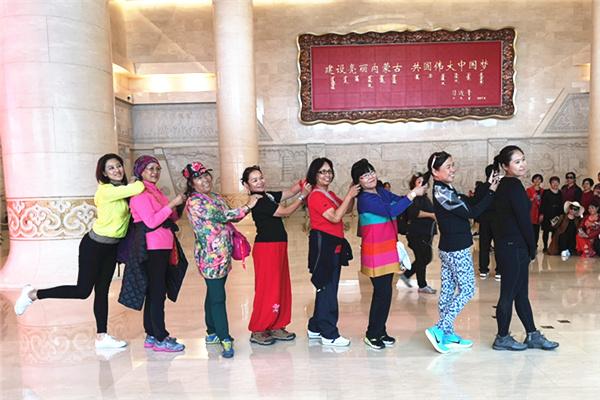 庆丰收 京台两地台湾少数民族同胞共话民族文化