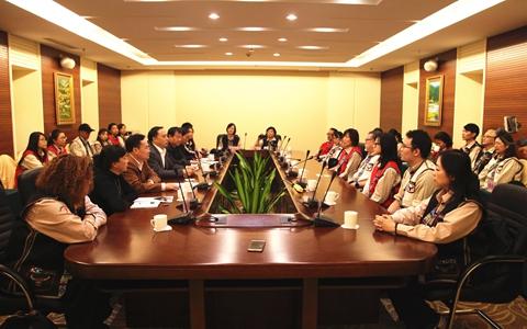 云南省台办主任张朝德会见台湾路竹医疗和平会义诊团一行