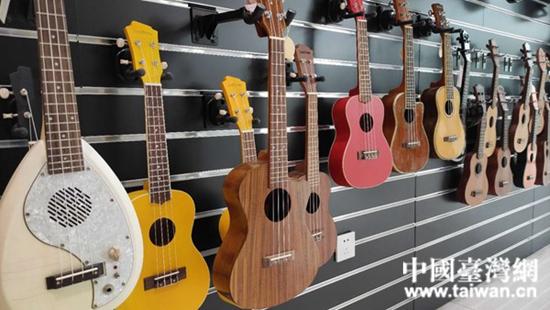 汉中台企哈瓦娜乐器文化有限公司生产的乐器。  (中国台湾网 发).jpg