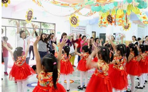 台湾中华木兰妇女交流协会参访团到广东汕头交流
