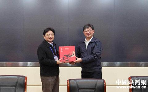武汉市江夏区委书记王清华会见台湾客人