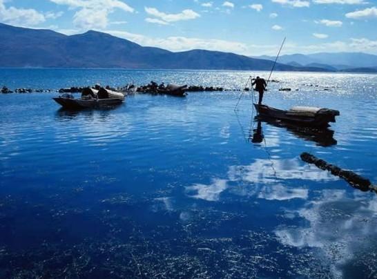 洞庭湖风景洞庭湖位于中国湖南省北部,长江荆江河段以南,是中国