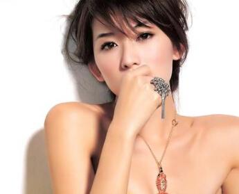 """林志玲否认说话故意""""撒娇"""" 自称只是嗓门小"""