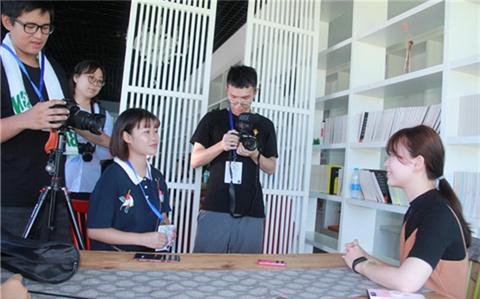 台湾人才在大陆,畅谈大陆发展机遇.jpg