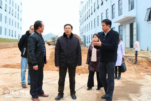 李杰云在航天北斗超级电容项目了解进展情况_副本.jpg