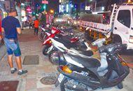 台湾逾半数机车无处停 骑士怒吼