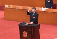 人民日报评论员:尊崇宪法的庄严宣示