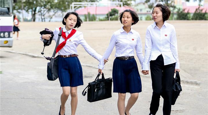 朝鲜街头的爱情和那些阳光学生