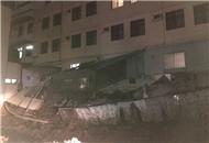 没地震没台风 台湾嘉义四户民宅增建厨房突然倒塌.jpg