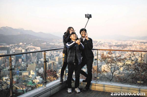 自拍杆_外媒:蓝牙自拍杆对人体有害?韩国禁售
