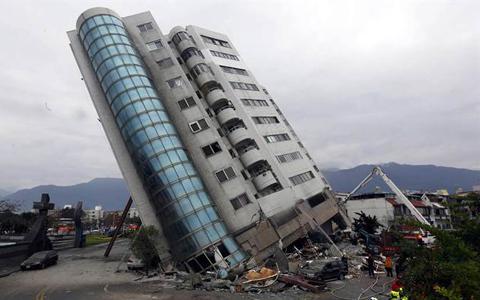 花莲地震大楼f.jpg