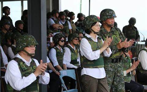 港媒:美国炮制巨额军售,干预台湾选举