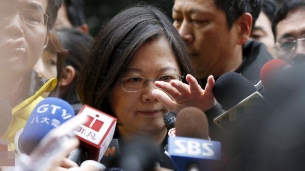 又想对香港下黑手?民进党当局省省吧!