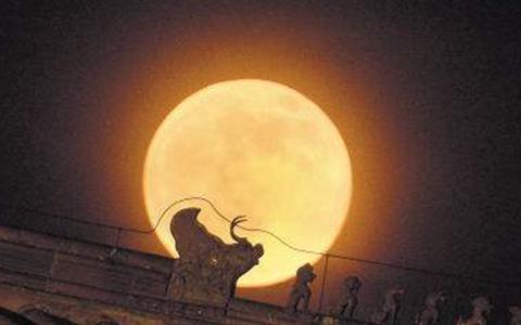 月亮jpg.jpg