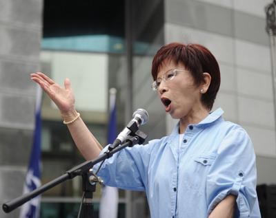 """民进党称台湾青年""""自然独"""" 洪秀柱严词驳斥(图)"""