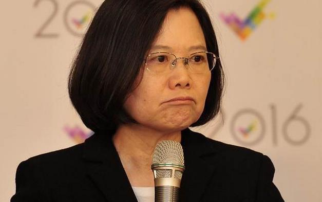 """蔡当局不承认""""九二共识""""台湾中小企业快断气"""