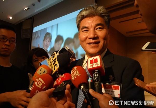 李鸿源被视为柯文哲连任最大挑战 传吴敦义赞成天游平台参选