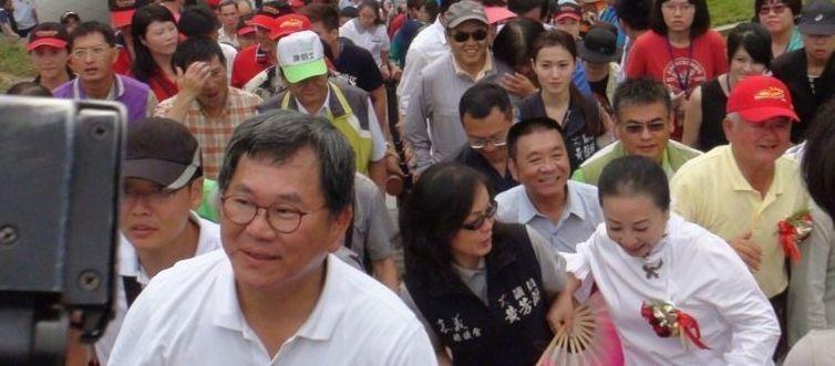 """民进党""""立委""""泄密被判6个月遭""""恭贺"""":如他所愿"""