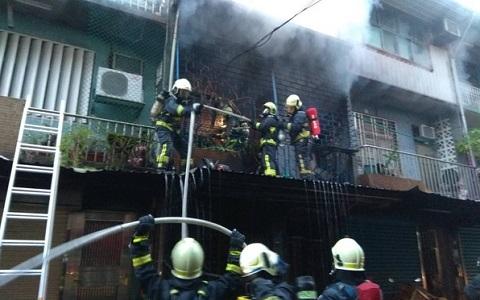 台湾宜兰民宅凌晨大火 15岁少年未及逃生被烧焦
