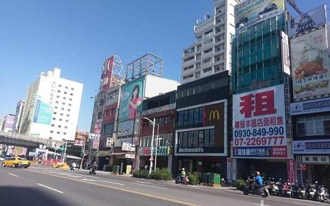 高雄火车站出现全台住宿最低价 业者叹:人都哪去了?