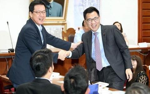国民党党团总召改选 青壮派代表江启臣胜出
