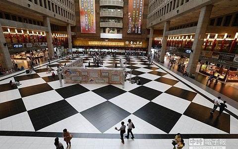 台北火車站大廳480.jpg