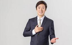 """费玉清宣布退出演艺圈 出道46年""""小哥""""留下无数经典"""