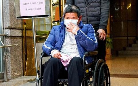 普悠玛列车司机员尤姓男子23日清晨以50万元新台币交保。