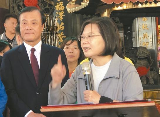 """民进党为何""""苏苏斗""""? 唐湘龙:整个屏东发展落后"""