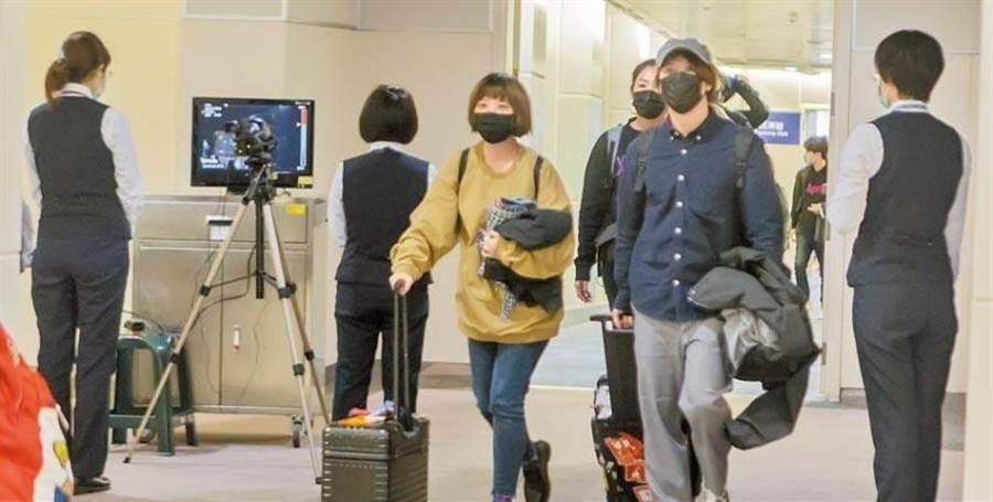 台湾新冠肺炎病例持续增加。.jpg