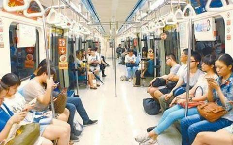 公共交通480.jpg