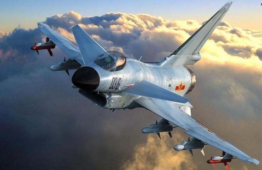 """中美军机同时现身台空域短暂""""对峙""""?台媒:大陆有意测试拜登"""