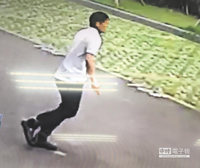 金光佛论坛台湾新竹法院在押犯逃脱 持刀作势自刎灭火器砸窗