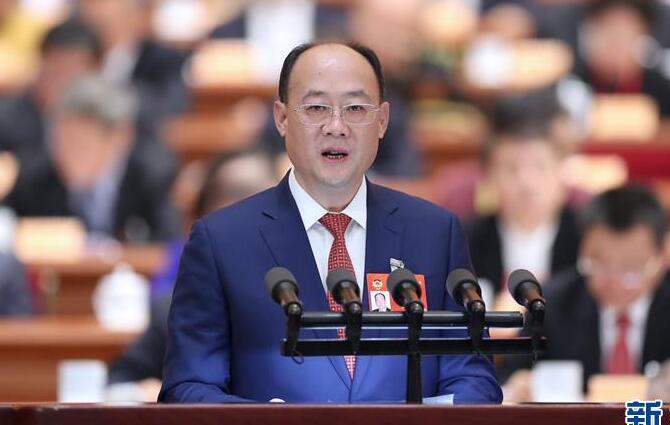 蓝逢辉委员:完善减税降费措施助推高质量发展