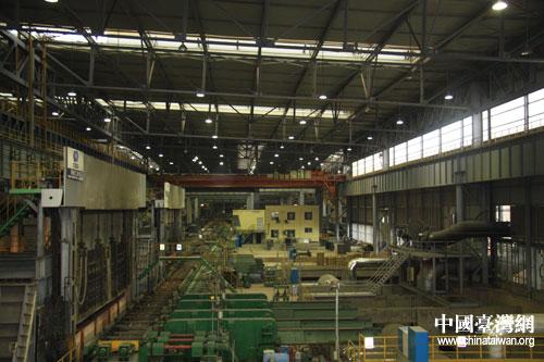 第六届中国网络媒体江西行采访团一行17日上午参访新余钢铁公司,...图片 51769 500x333