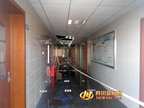 四川大学药学院一实验室起火