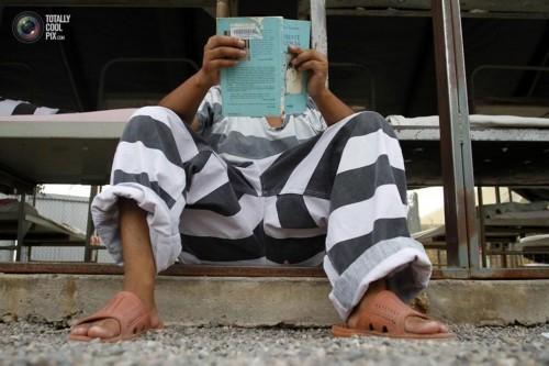 实拍美国监狱囚犯生活