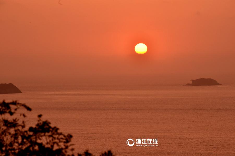 冬日周末,去温岭石塘海边住老石屋晒太阳看日出可好?