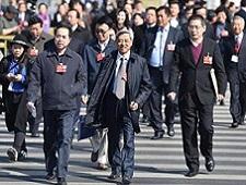 全国政协十二届四次会议闭幕